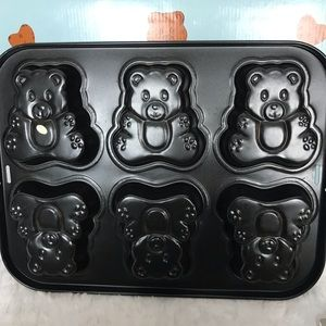 Other - Non Stick Mini Cake Pans Teddy Bears Theme New